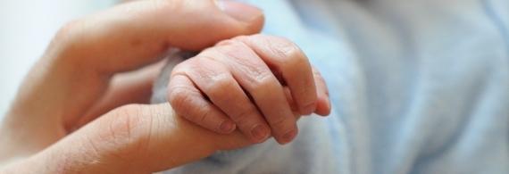 ÚJDONSÁG! Újszülött fotózás a veszprémi kórház szülészeti osztályán
