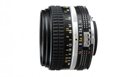 50 mm f/1.4