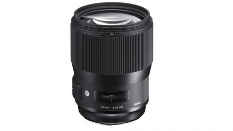 Sigma 135mm f/1.8 DG HSM (A) (Nikon F, Cannon EF)