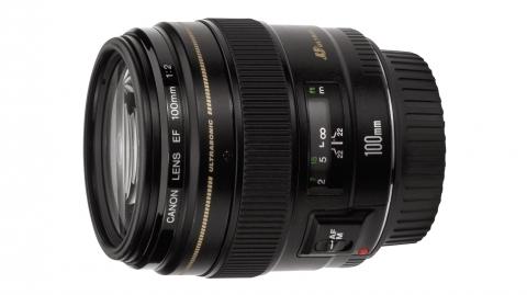 Canon EF 100mm f/2.0 USM objektív