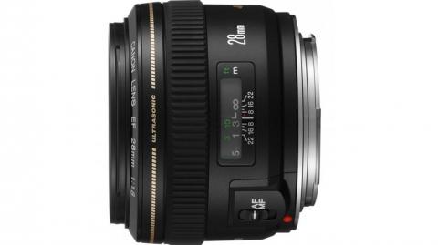 Canon EF 28mm f/1.8 USM objektív